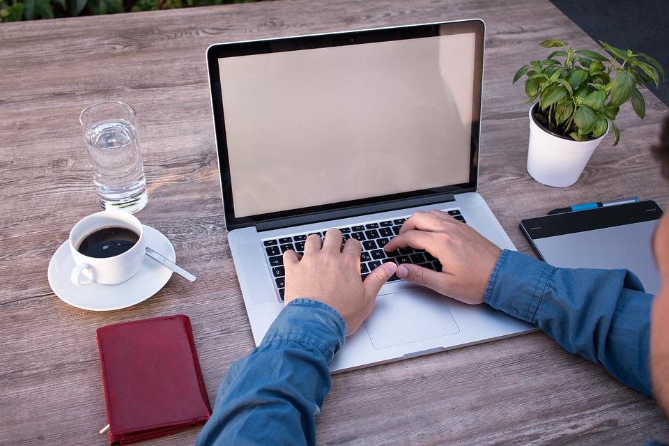 Comparatori e nuove tecnologie: perché il mondo online ha s...
